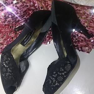 Stuart Weitzman vintage lace peep toe